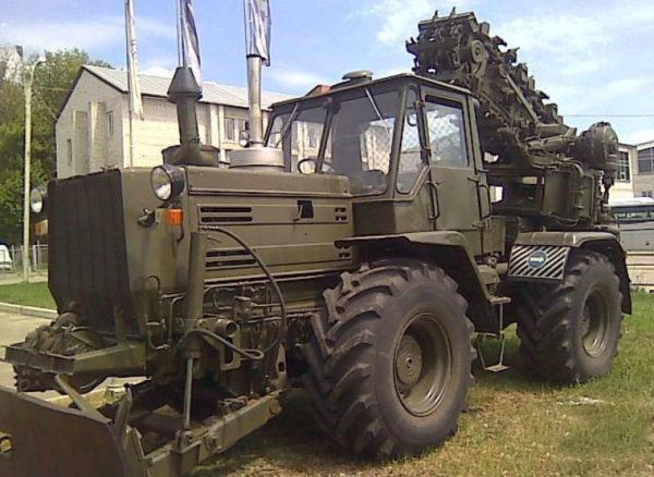 трвктор т-155