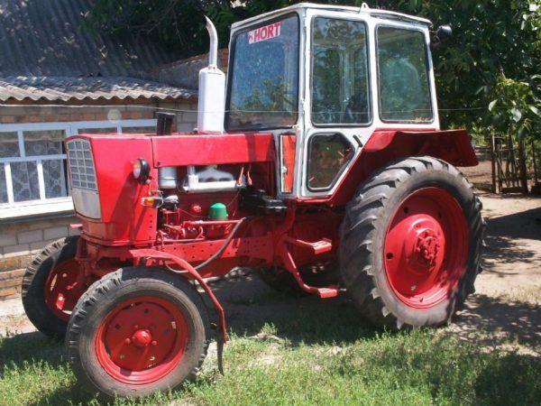 Traktor-yumz-6k-1992