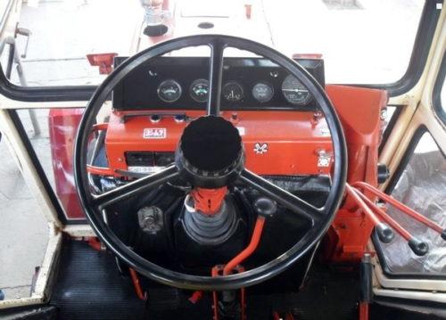 Кабина трактора «ВТЗ-2048А»