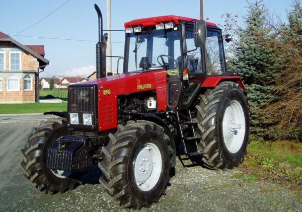 mtz-1221-1